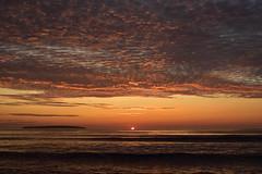 Lever du soleil (pascalroussy) Tags: leverdesoleil sunrise paysage landscape nature nuage océan