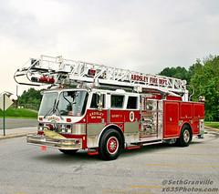 Ardsley Fire Department Quint 1 (Seth Granville) Tags: ardsley fire quint 1 ladder 50 1988 hahn lti 75 1250 400