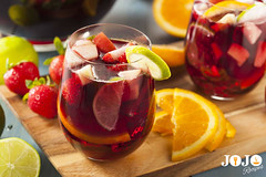 Sangria Recipe (jojorecipes) Tags: sangria drinks cocktails drinking recipes spanishfood bar pub bartending mixology mixologist mixe yummy tasty jojorecipes