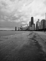 Overcast (ancientlives) Tags: chicago illinois il usa travel trips lakemichigan lakefronttrail lakeshore lake downtown city cityscape streetphotography skyline skyscrapers sky architecture buildings towers hancocktower blackandwhite bw mono monochrome clouds weather rain sunday september 2019 summer