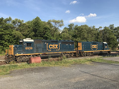 IMG_9868 (Andy961) Tags: winchester virginia va railway railroad train freight csx diesel locomotive engine emd gp402 6039 gp35 2316