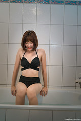 III04146 (HwaCheng Wang 王華政) Tags: 何謙 菁鳥 人像 外拍 睡衣 內衣 比基尼 旅拍 md model portraiture sony a7r3 ilce7rm3 a7r mark3 a9 ilce9 35 gm za underwear 24