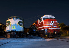 NS 911 at Chattanooga, TN (KD Rail Photography) Tags: ns911 norfolksouthern trains railroads transportation sd60e e8a nighttime nightexposure nightlife electromotivedivision emd gm sr6914 southernrailway southern servethesouth flashphotography fallenflagsrailroads classiclocomotive chattanooga tennessee tennesseevalley tennesseevalleyrailroad onelineinfinitepossibilities diesellocomotive diesel locomotive