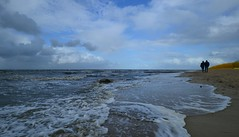 Cuxhaven - Beach (cnmark) Tags: germany deutschland niedersachsen lowersaxony cuxhaven beach strand nordsee north sea waves wellen clouds wolken sky himmel ©allrightsreserved
