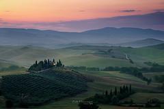 Val d'Orcia (jo.haeringer) Tags: tuscany belvedere valdorcia italia italy mountains green sunrise agriturismo nature fuji xt2 summer trees