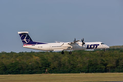 _DSC4225 (sshankie) Tags: turboprop dhc8 aviation twinengine dh8d