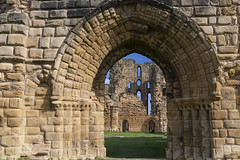 ruin through arch (Cranswick852) Tags: tynemouth priory tynemouthpriory ruin masonry northumberland gateway arch architecture canon canon5d canon5dmk3 canon5dmkiii ef2470mmf28liiusm