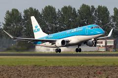 PH-EXH KLM Cityhopper Embraer ERJ-175 Amsterdam (Vanquish-Photography) Tags: phexh klm cityhopper embraer erj175 amsterdam vanquish photography vanquishphotography ryan taylor ryantaylor aviation railway canon eos 7d 6d 80d aeroplane train spotting eham ams schiphol airport amsterdamschiphol schipholairport amsterdamschipholairport
