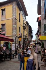 Sonrisa Llanes Street (Franci Esteban) Tags: sonrisa streetphotography fotografíacallejera lanes asturias fujix100f maniquí color calle