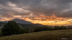 Début de journée (Nu Mero) Tags: coucherdesoleil nuage paysage cheval animaux valléedevillé nature leverdesoleil sunrise sunset neuveéglise basrhin france groupenuagesetciel