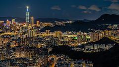 烘爐地南山福德宮:夜景 (S.R.G - msucoo93) Tags: 台灣 台北 中和 烘爐地 gx8 sigma56mmf14