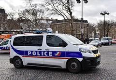 Police Paris - TC CI (Arthur Lombard) Tags: police policedepartment policecar policenationale peugeot peugeotexpert led bluelight lightbar emergency riot riotunit 911 999 112 17 nikon nikond750 paris france