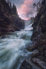 Forces (Ron Jansen - EyeSeeLight Photography) Tags: norway summer rain mood wet water flow forces lines pink sunrise buskerud