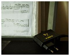 9V (Naurk) Tags: 9 volt keyboard music sheet partitura note particolare macromondays nine nikon score