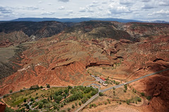 orchard, visitor center etc. (rovingmagpie) Tags: utah fruita capitolreefnationalpark capitolreef visitorcenter navajoknobs canyoncountry orchard fruit sl2019