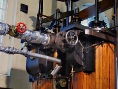 Woolf compound engine, Easton & Amos, 1863 - London Museum of Water & Steam, London TW8. (edk7) Tags: olympusomdem5 edk7 2018 uk england london londontw8 brentford kewbridge greendragonlane londonmuseumofwatersteam eastonamoswoolfcompoundengine1863 mechanical machine engineering rod control steel iron column bearing wood varnish gauge valve pipe piping insulation wheel turnbuckle cylinder