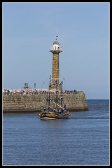 IMG_0010 (Scotchjohnnie) Tags: whitby yorkshire northyorkshire canon canoneos canon6d canonef70200mmf28lisiiusm scotchjohnnie riveresk barkendevour westpier