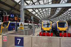 195001 1H48 195124 1H46 195117 Liverpool Lime St (British Rail 1980s and 1990s) Tags: train rail railway railroad lmr londonmidlandregion mainline wcml westcoastmainline liverpool merseyside livery liveried traction station passenger dmu dieselmultipleunit caf civity 195 class195 northern arn arrivarailnorth 195001 195007 195117 195124