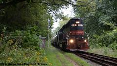 NA-1 MEC 321 - Merrimack, NH (Eli Lowry) Tags: mec pan am na1 321 gp40 train rails rain