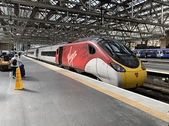 390121 Glasgow Central 4/9/2019 (Martin Coles) Tags: trains train rail railway railways glasgowcentral 390121 class390 pendolino virgintrains