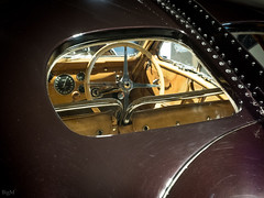 Bugatti alt (-BigM-) Tags: autostadt wolfburg wob vw volkswagen mittellandkanal auto car automobil germany deutschland bigm nrw