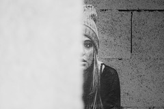 Rue Galleron, Paris, France (o.mabelly) Tags: sony a7rii paris carl zeiss contax yashica ilce7rm2 novoflex cy france alpha contaxyashica a7rm2 a7 ilce europe city ville f4 teletessar tele tessar 300mm blanc noir noirblanc white black blackwhite tag street art wall mur xx 20ème arrondissement stblaise quartier rue galleron