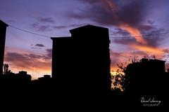 _MG_1161 - e t (Daniel Jiménez Fotógrafo) Tags: landscape paisaje atardecer getdark sun sunset lateafternoon building edificio cloud nube sky cielo colors purple yellow red pink dark darkness madrid spain españa danifotografia danieljimenezfotowixcomportfolio danieljg