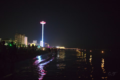 The biggest candle is the tower (velenux) Tags: pesaro sanlorenzo notte night stellecadenti shootingstars alumedicandela mare sea adriatico spiaggia beach shore candele lumini lanterns candles saintlawrence
