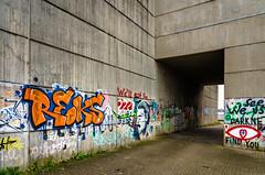 Graffiti (KaAuenwasser) Tags: graffiti bunt farben farbe rheinbrücke rheinbrückewintersdorf beton wand unterführung gang weg strase parkplatz kunst buchstaben muster zeichen bauwerk stelle ort platz hdr brücke symbole symbol sprache licht schatten