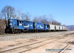 CR 7556-7558, Lewistown, PA. 4-10-1987 (jackdk) Tags: trai railroad railway cr conrail pennsy pc penncentral emd gp9 gp7conrailgp9 7556 conrial7556 cr7556 cr7558 7558 fallenflag