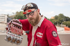 20190901-172818-5D4Z0352 (zjernst) Tags: 2019 atlanta convention cosplay costume dragoncon fallout glasses goggles hat jumpsuit postapocalyptic powerfist scifi summer videogame