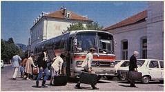 Postcard Mercedes-Benz O302 Gare de Veynes (05 Hautes-Alpes) Collection ''La Vie du Rail'' 1972a (mugicalin) Tags: cartepostale postcard oldpostcard cartolina postkarte razglednica ansichtkaart cartepoștală képeslap années70 mercedes mercedesbenz mercedesbus mercedesbenzbus mercedesclassic mercedeso302 o302 mercedesbenzo302 germanbus cardetourisme carallemand autocar coach veynes hautesalpes stationdetrain gare trainstation régionprovencealpescôtedazur provencealpescôtedazur 05 1972 renaultr12 r12 valises bags taschen voyage travel reise trip 10fav 20fav