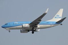 PH-BGH (LIAM J McMANUS - Manchester Airport Photostream) Tags: phbgh kl klm klmroyaldutch royaldutchairlines theflyingdutchman grutto boeing b737 b73g 73g boeing737 boeing737700 egcc manchester man
