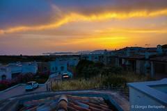 Crepuscolo sui tetti... (giobertaskin) Tags: canon sardegna magicmoment crepuscolo capocaccia alghero fresco party terrazzasultetto tetto tetti