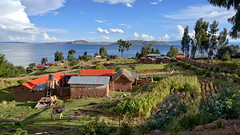 Indian village on Lake Titicaca (Chemose) Tags: sony ilce7m2 alpha7ii mai may pérou peru lactiticaca laketiticaca hdr landscape paysage village indian indien