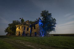 Abandoned Home Warm-Cool (Notley Hawkins) Tags: httpwwwnotleyhawkinscom notleyhawkinsphotography notley notleyhawkins 10thavenue rural missouri abandoned missouriphotography lightpainting 光绘 光繪 lichtmalerei pinturadeluz ライトペインティング प्रकाशपेंटिंग ציוראור اللوحةالضوء trees 2019 sky blue bluelight eerie moon lunar moonlight httpwwwnotleyhawakinscom land bucolic landscape farm house home summer slatermissouri salinecountymissouri architecture facade longexposure warmcool orangelight warm cool september