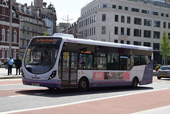 FWE 47559 @ The Centre, Bristol (ianjpoole) Tags: first west england wright streetlite max df sn64clf 47559 working route 24 langley crecent ashton val broadmead hospital