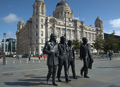 The iconic Beatles statue at the pier head in Liverpool (Tony Worrall) Tags: liverpool scouse merseyside city welovethenorth nw northwest north update place location uk england visit area attraction open stream tour country item greatbritain britain english british gb capture buy stock sell sale outside outdoors caught photo shoot shot picture captured ilobsterit instragram architecture building sculpture statue iconic group music sounds beatles merseybeat walking scene