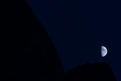 La Luna sorge sui monti (luca_pictures) Tags: luna dolomiti crepuscolo italia montagne