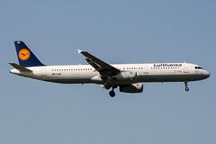 D-AIRD (PlanePixNase) Tags: frankfurt fra eddf airport aircraft planespotting lufthansa airbus 321 a321