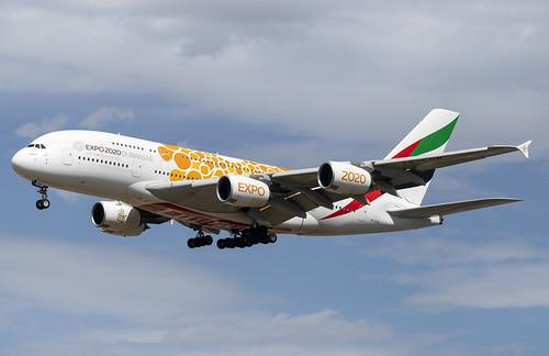 A6-EOU Airbus A380-800 Emirates Expo 2020 Orange FRA 2019-08-11 (17a)