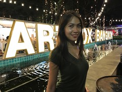 Art Box Bangkok (ChalidaTour) Tags: thailand thai asia asian girl femme fils chica nina woman teen twen sweet cute sexy petite slender slim portrait art box bangkok night