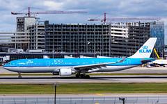 MSP PH-AKF (Moments In Flight) Tags: minneapolisstpaulinternationalairport msp kmsp mspairport aviation airliner phakf airbus a330 a333 a330303 klm