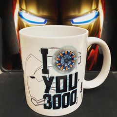 I Love You 3❤️❤️❤️ (Acero y Magia) Tags: instagram ifttt ironman vengadores losvengadores avengers marvel tazasfrikis tazasmarvel tazasgeeks
