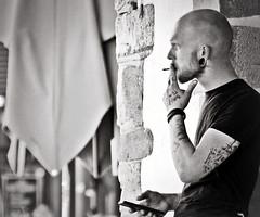 pause cigarette du cuisto bayonnais... Reynald ARTAUD (Reynald ARTAUD) Tags: 2019 début septembre pays basque bayonne pause cigarette cuisto bayonnais reynald artaud