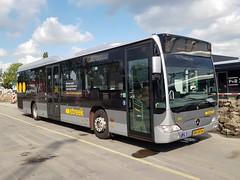 NLD Qbuzz 3315 ● Groningen Peizerweg (Roderik-D) Tags: 3315 qbuzz33023326 groningengaragepeizerweg bxlh54 qbuzz31003301 dieselbus euro5 mercedesbenz citaro2 o530ü savas bege überlandbus streekbus 2axle 2doors ivu gorba 2010