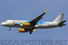 EC-MLE (SoCalSpotters) Tags: vlg socalspotters a320 lgw egkk gatwick vueling