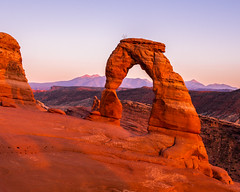 Arches National Park   |   Delicate Arch Glow (JB_1984) Tags: red orange rock stone sandstone arch archway goldenhour delicatearch sunset usa mountain utah nationalpark ut nikon glow unitedstates nps moab archesnationalpark d500 nikond500 geologicalformation