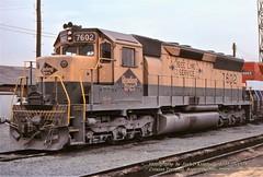 RDG 7602 SD45, Croxton, NJ. 12-30-1976 (jackdk) Tags: train railroad railway roster locomotive locomotiveroster emd emdsd45 sd45 standardcab fallenflag cr conrail croxton engineterminal erielackawanna erie reading readingline readingrailroad beeline secaucusnj