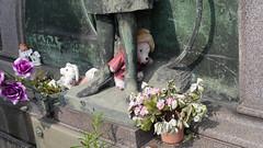 À Turin. (A z d r u b a l) Tags: cemetery cementerio friedhof cimetière cimiteri cemitério cemeteries cementerios friedhoefe cimetières cimiteris cemitérios torino italie italia
